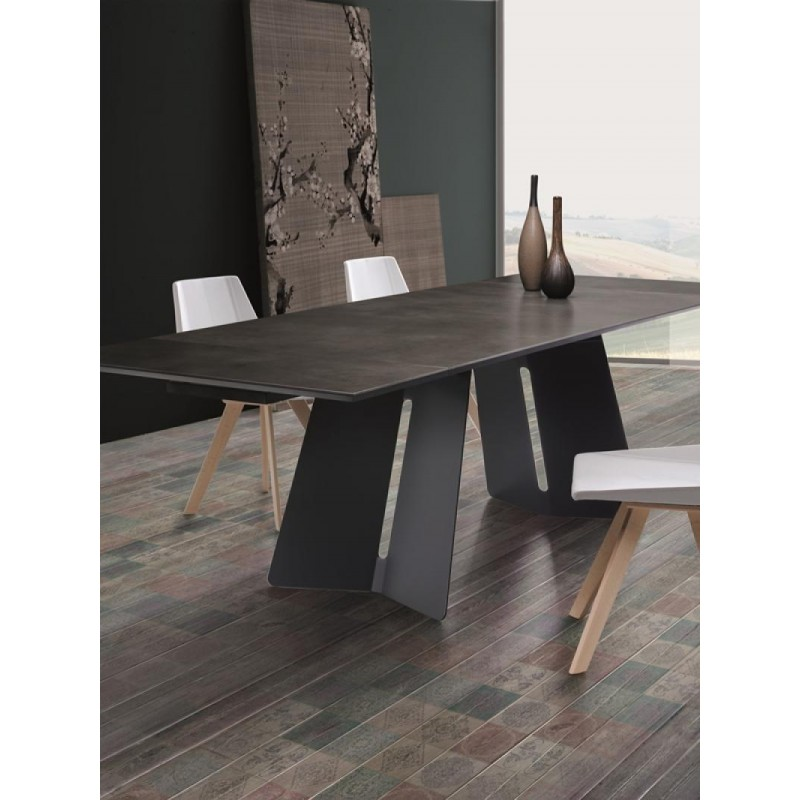 NAT Kora Italian Ceramic Dining Table